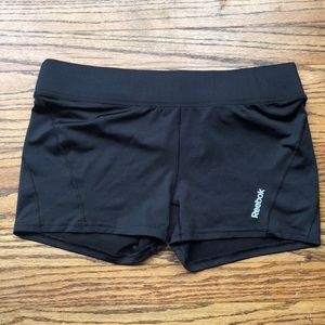 Reebok spandex shorts! 📸